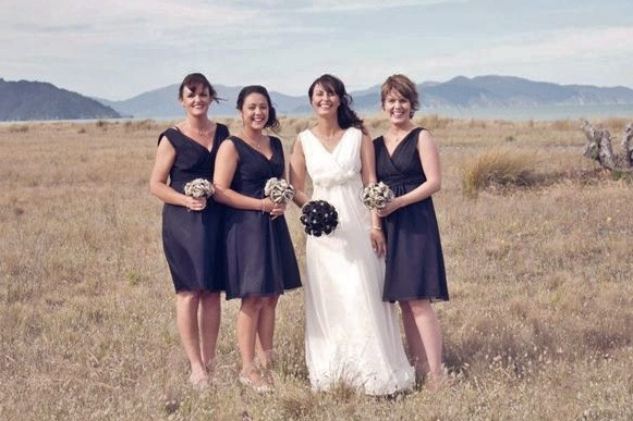 Thank you for sharing your wedding day images with us Michelle.  www.flaxation.co.nz