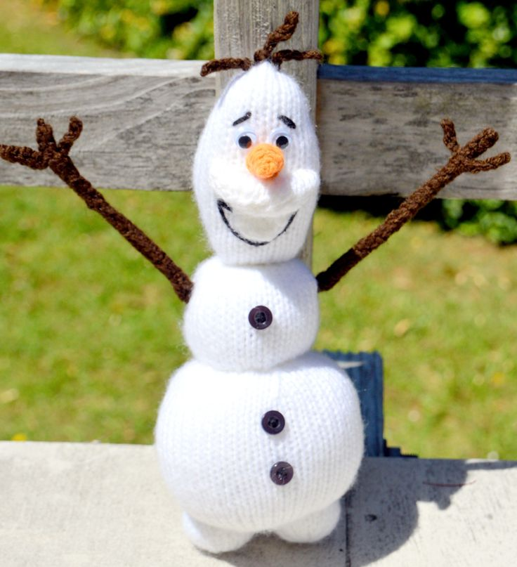 Knitting Patterns For Disney Toys : The 25+ best Olaf toys ideas on Pinterest Olaf craft, Frozen crafts and Chr...