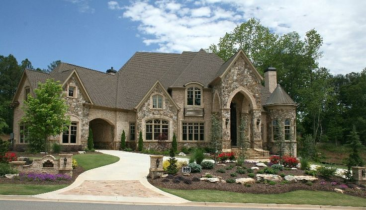 Beautiful mansion in michigan mansions for Mini mansions houses