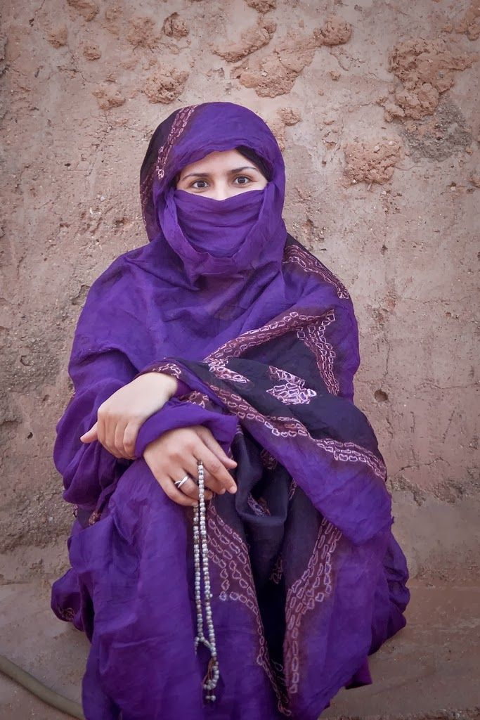 COSTUME PLANET: Western Sahara, Melhfa : Sahrawi Traditional Clothing