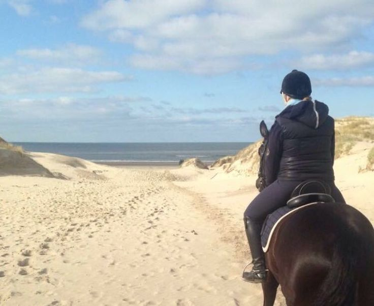 Riding on the beach!! Perfect ride :-)