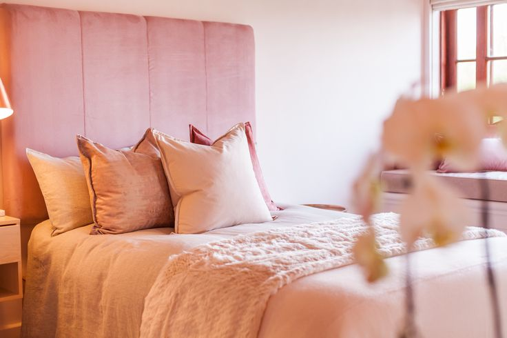 Embrace the divinely feminine Blush Studio was inspired by the elegance of the feminine side of life. Blush pinks surround the studio with touches of copper and fur. The ideal space for celebrations with female friends and a spa getaway to reconnect and rejuvenate. #schonkeninteriors #LaBellaVitaStudios #paarl #SA #capetown #elsjeschonken #interior #interiordesign