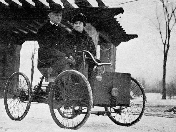 Henry Ford and his wife Clara Bryant Ford in his first car  sc 1 st  Pinterest & Best 25+ Henry ford first car ideas on Pinterest | Henry ford ... markmcfarlin.com