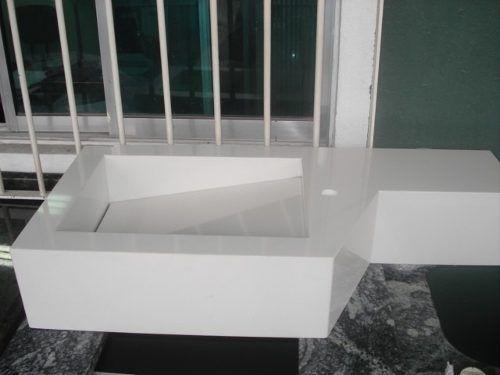 Lavatório Em Mármore Branco Prime Com Cuba Esculpida Novo - R$ 880,00