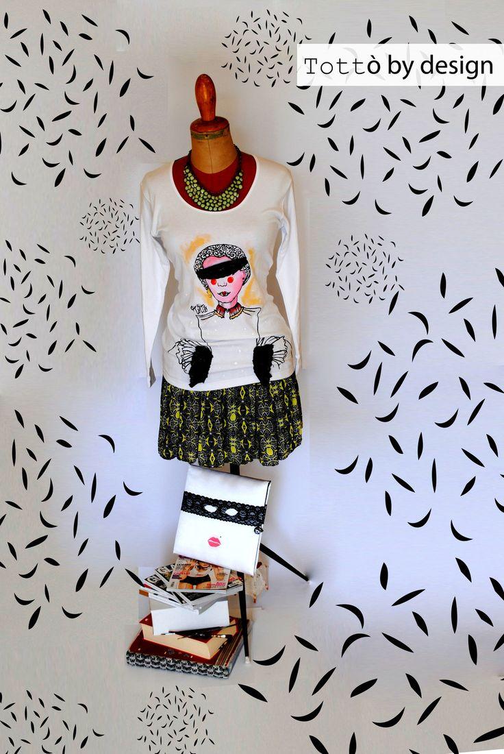 Maglia manica lunga dipinta a mano con applicazione pizzo : T-Shirt, canottiere di totto-by-design