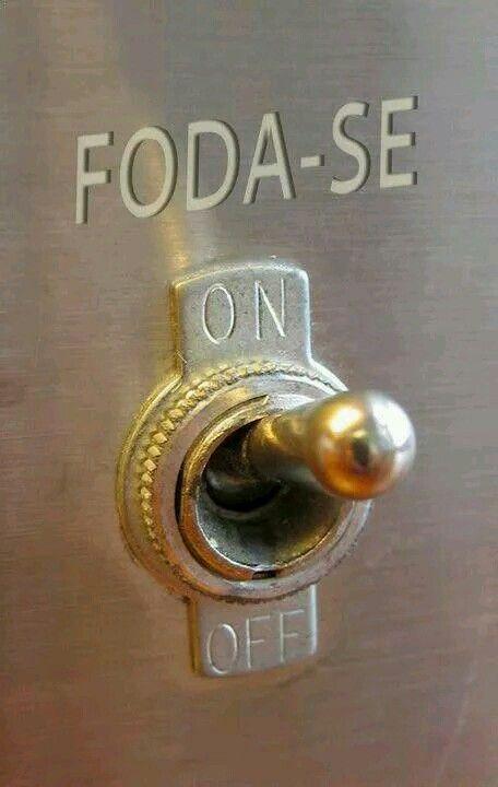 Liga o botão