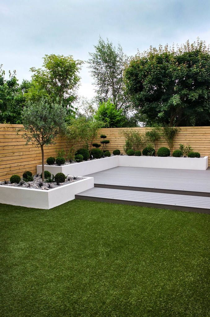 Small, Low Maintenance Garden Minimalist Style Garden By Yorkshire Gardens Minimalist Wood-plastic Composite | Minimalist Garden, Small Garden Design, Low Maintenance Garden Design