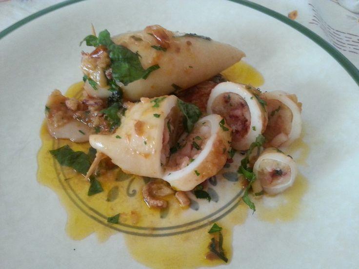 Calamares rellenos – Calamari ripieni
