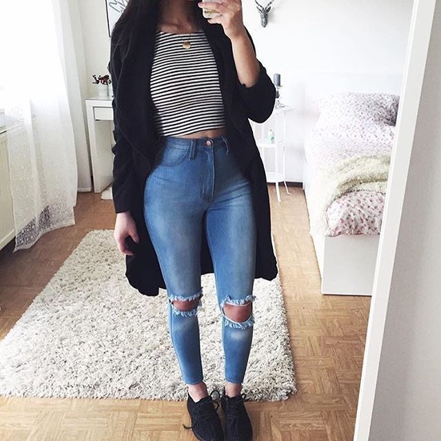 Awesome 44 stunning ripped jeans ideas to look sturdy. More at fashionssories.co …