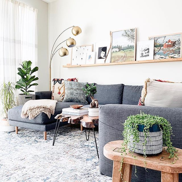 Loving This Living Room Inspo That Features The Lovely Gray Mid Century Sofa Bohemian Print Pi Modern Grey Living Room Living Room Inspo Grey Sofa Living Room