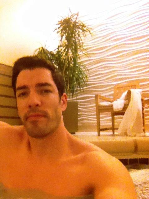 Just because it's cold in MN & I'm not at home in Vegas doesn't mean I can't enjoy a hot tub after a long day:)