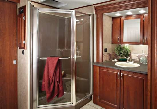 Carriage Cameo Fifth Wheel Bathroom Bathroom Furniture