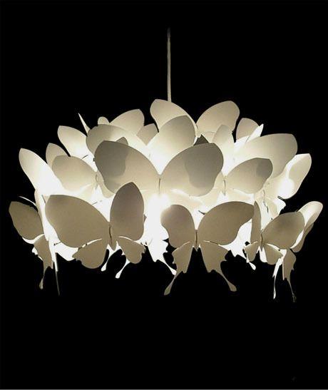 lampara con mariposas de cartulina.. o de acrilico..                                                                                                                                                     Más