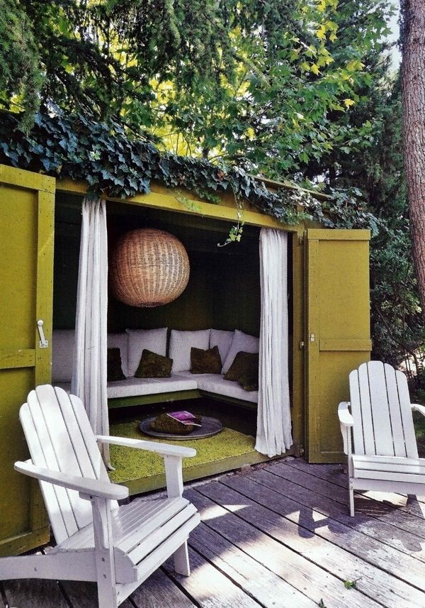 Create a garden shed into a cosey summer house