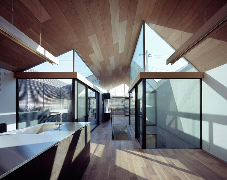 apollo architects and associates: neut- house for an ophthalmologist