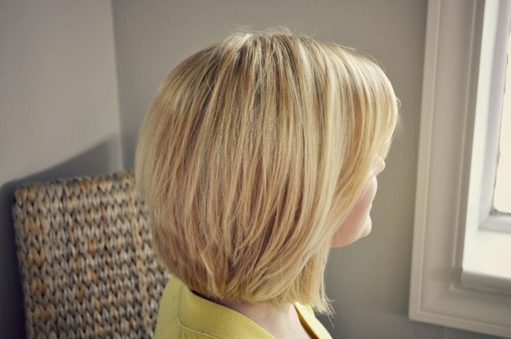 HAIRCUT: MEDIUM BOB WITH LAYERS