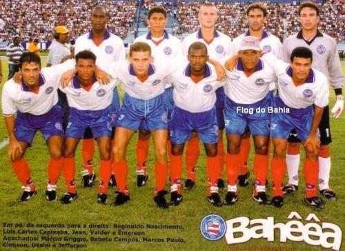 Time do Bahia em 2000  Em pé: Reinaldo Nascimento, Luis Carlos Capixaba, Jean, Valder e Émerson Agachados: Márcio Griggio, Bebeto Campos, Marcos Paulo, Clebson, Uéslei e Jefferson