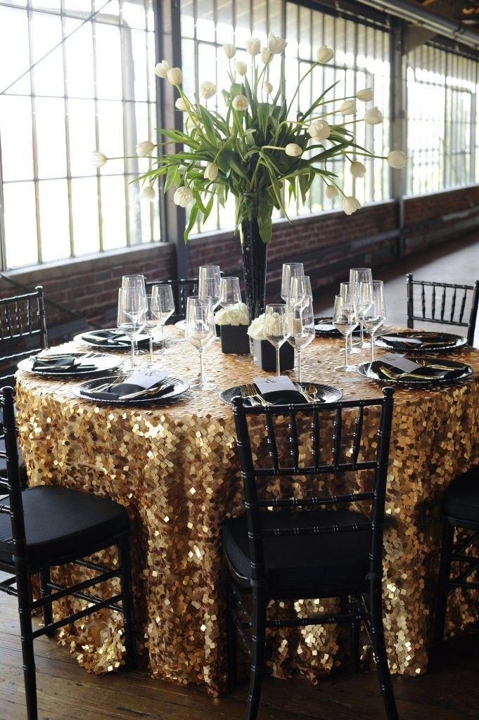 Gold Sequin Sweetheart Table Linen W/ Black Chiavari Chairs? Part 82