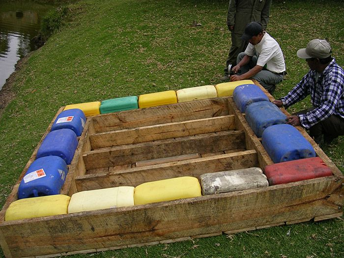 how to make a boat out of barrels