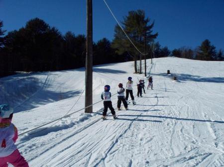 Pittsfield, Maine..  Pinnacle Ski AreaPhotos Gallery,  Dogs Sleigh, Ski Pittsfield,  Dogs Sled, Ski Area, Pinnacle Ski