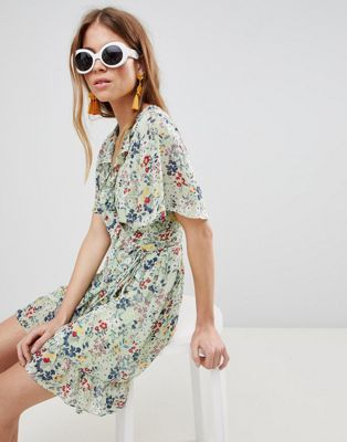 41fcce52706 Glamorous Mini Wrap Dress With Ruffle Hem And Tie Waist In Ditsy Floral Wrap  Dress