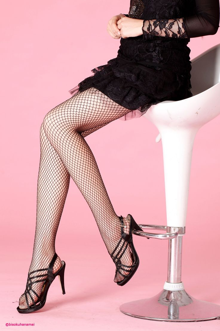 Middle net tights JPY420-