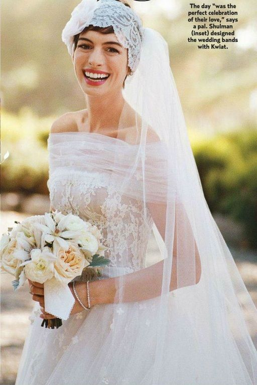 I love how Anne Hathaway embraced her pixie cut for her wedding.
