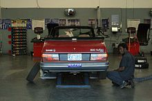 Automobile repair shop - Wikipedia, the free encyclopedia