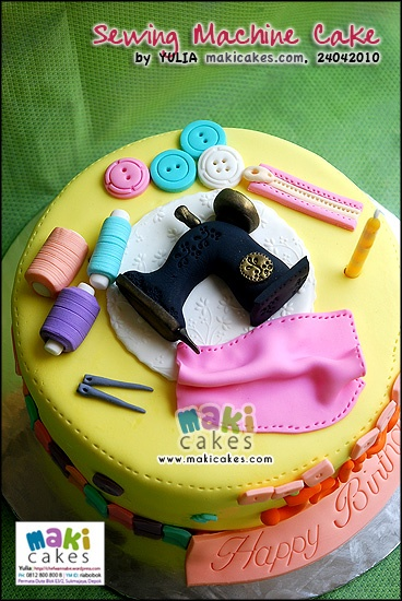 Cake Design For Singer : 43 best images about Sewing cake on Pinterest Sewing box ...
