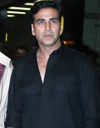 I am comfortable with both action and comedy, says Akshay Kumar! - http://www.bolegaindia.com/gossips/I_am_comfortable_with_both_action_and_comedy_says_Akshay_Kumar-gid-36007-gc-6.html