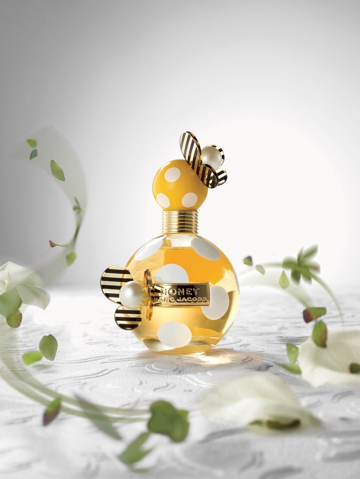 #MarcJacobs Honey, a sunny floral scent that energizes.