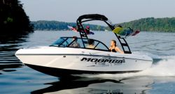 New 2013 - Moomba Boats - Outback V
