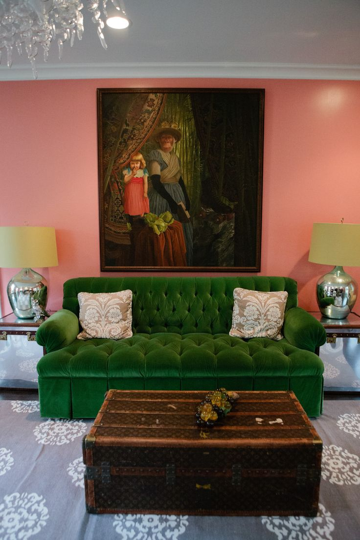 Living room colors green couch - I Love The Green Sofa But I Really Don T Like The Painting