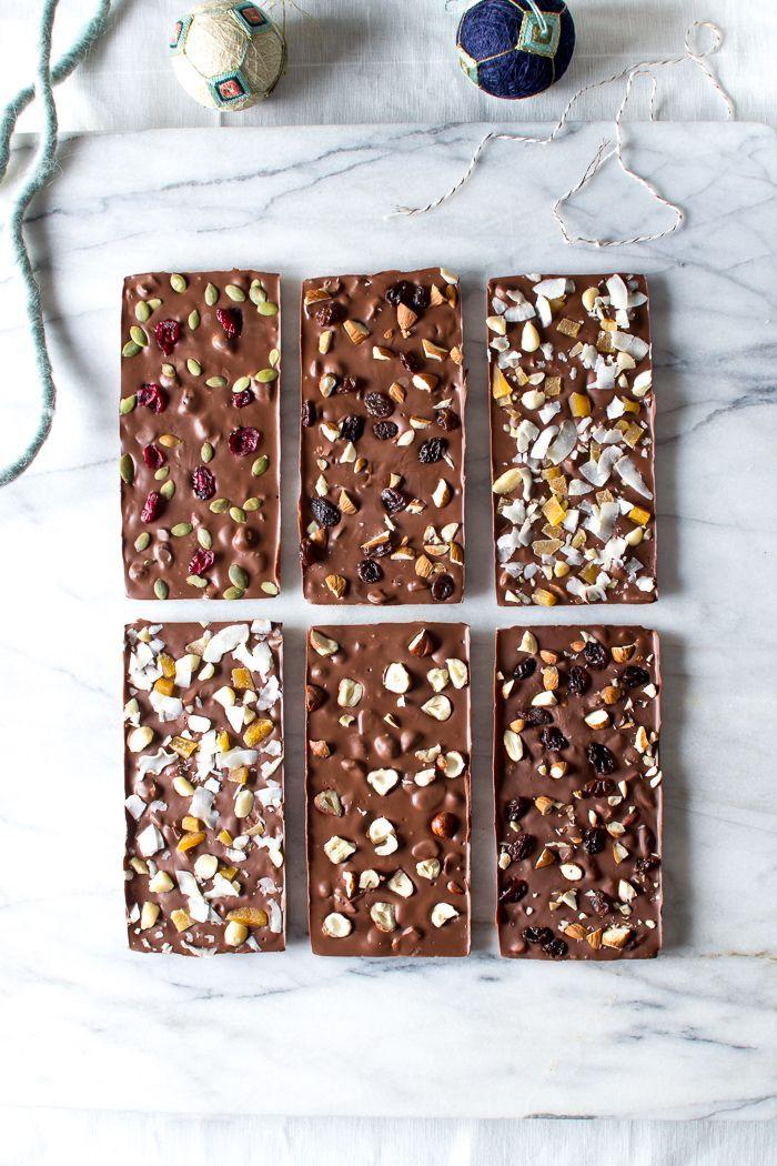 Homemade Chocolate Bars for the Holiday Season ♥