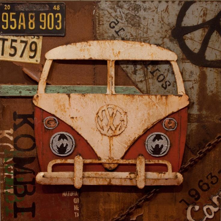 CUADRO VW T1 FRONT RED. Acrílico sobre metal con detalle de la carrocería de la furgoneta  y matrículas en relieve. Junto con el cuadro VW BACK RED conforman un juego de cuadros aunque pueden adquirirse de forma independiente. Medidas: 80 x 8 x 80 cm. Peso: 11 kgs.