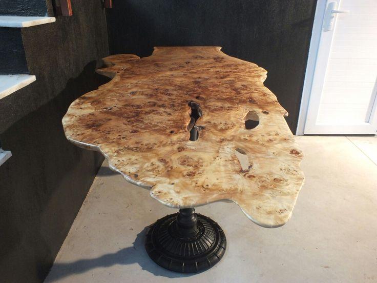 Mazel masif ahşap masa. Heykel formunda. 210 cm. / Living edge statue table