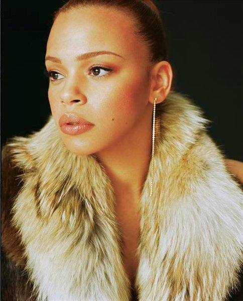 Faith Evans- next to Amy Winehouse, my FAVORITE singers.