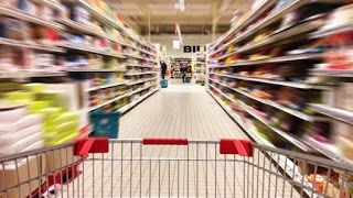 Τα εισαγόμενα προϊόντα πνίγουν την ελληνική αγορά