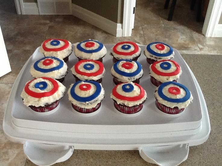 Bonspiel Curling Cupcakes