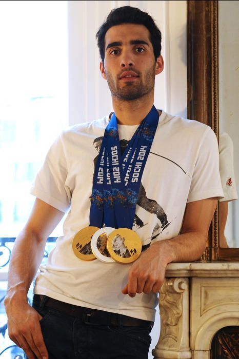 Rétro 2014 : les Français(es) de l'année [Photos] Martin Fourcade, 26 ans BIATHLON  Son année 2014 : Champion olympique en individuel Champion olympique de poursuite Médaillé de bronze de départ en ligne Globe de cristal