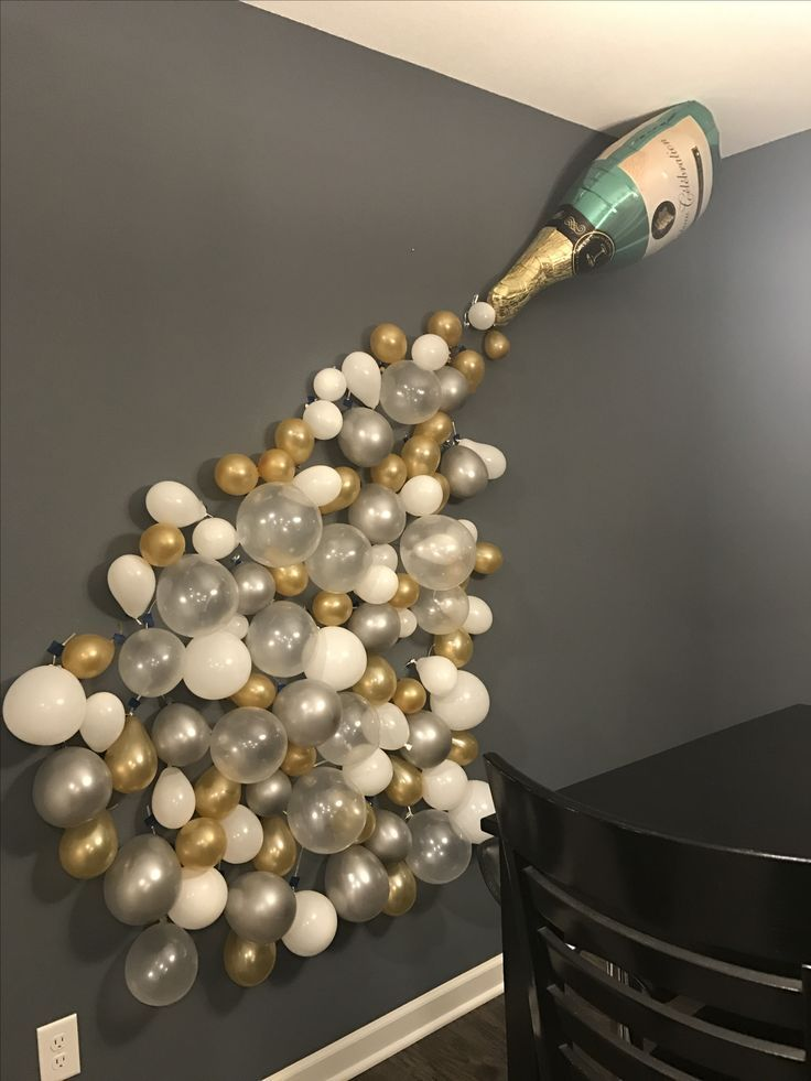 This balloon mural is such a classy idea for decorating a room for an upcoming bachelorette party! The silver and gold will go well with any themed party and the balloons should be pretty cheap to buy. Give it a shot and let us know what you think!