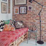 Olha como ficou legal esse sofá de Pallet!!!! Nosso Pallet está em promoção. Acesse www.arquiteturasustentavel.org #Pallet #architecture #design #decor #decoracao #interiores #designdeinteriores