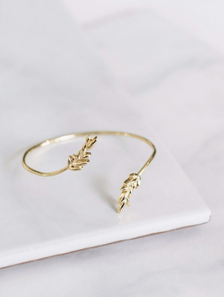 Olive Leaf bracelet. Mejuri x Green Wedding Shoes. Romantic jewelry. Made in 18k gold vermeil. Bridal jewelry, fine jewelry made for everyday and for forever.