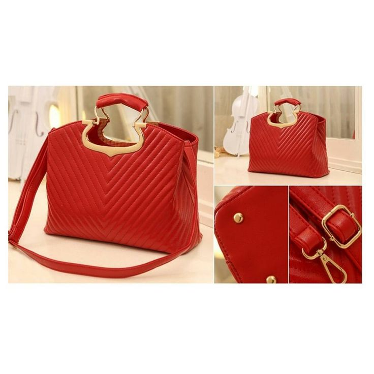RBA1974 Colour Red  Material PU  Size L 31 W 12 H 16  Weight 0.75  Price Rp 210,000
