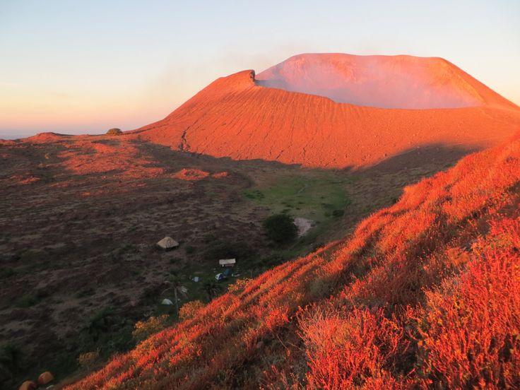 Telica Volcano - Sunrise view from the ridge
