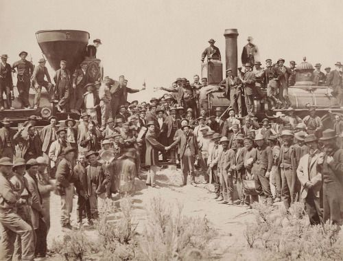 The last spike being driven in on the Transcontinental Railroad http://ift.tt/1YWaqll