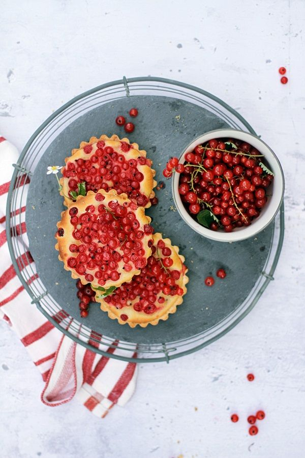 Marzipan Red Currant Tartlettes