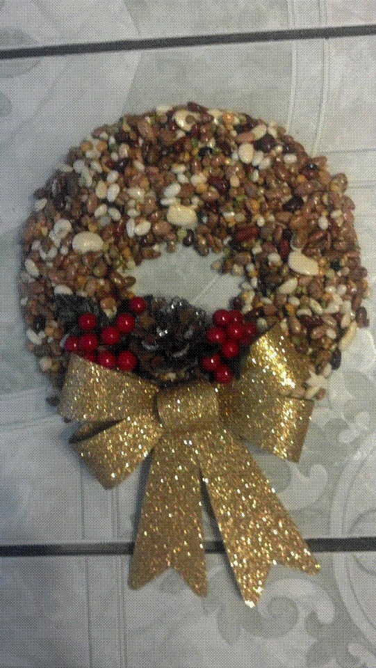 Fall reef made out of beans. | Christmas wreaths, Ornament ...