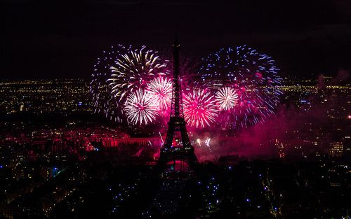 Картинка с тегом «paris, fireworks, and france»