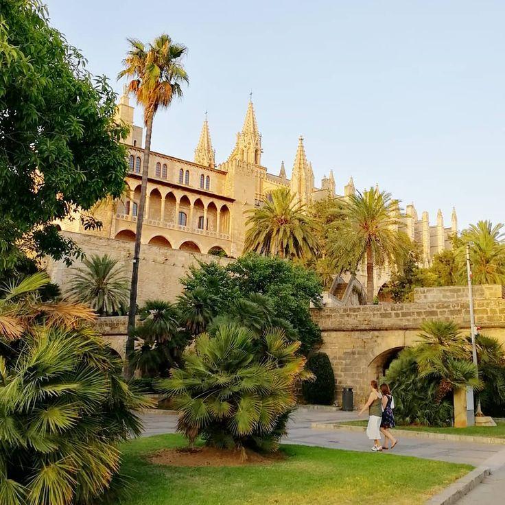 Palma #mallorca #spain #citytour #trip #tourist #tour